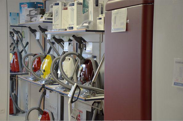 Staubsauger & Kühlschränke